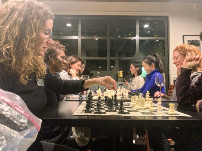 St. Louis Chess Club We Know How to Have Fun